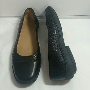 Ralph Lauren black leather woven flats.  Sz 7.5 B